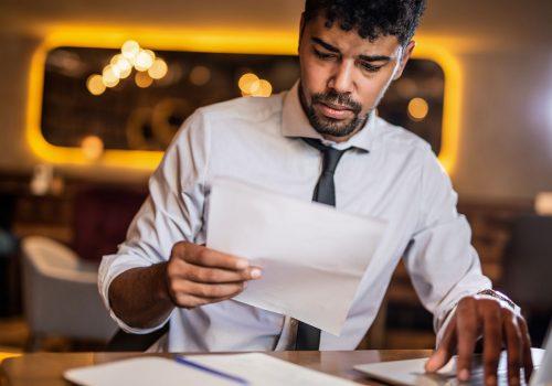 Das Arbeitsamt fordert umfassende Angaben für die erste gewöhnliche Abrechnung von Kurzarbeit. Moore Zürich-Glattbrugg hat den Überblick für Sie.